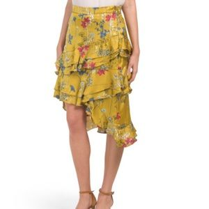 Willow & Clay asymmetrical ruffle skirt S NWT